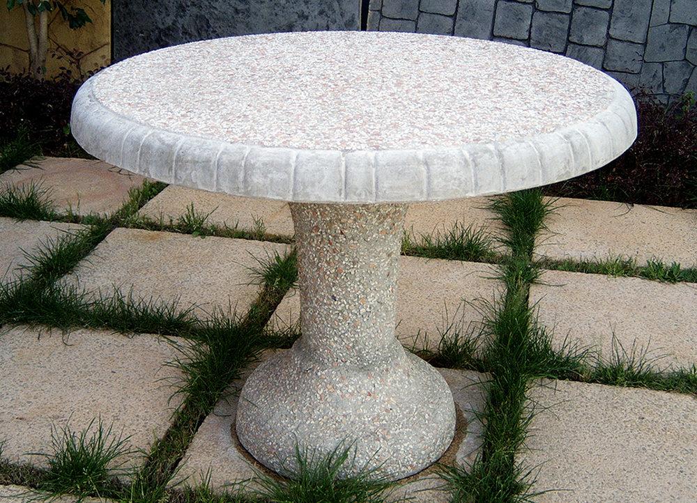 Artistico Table