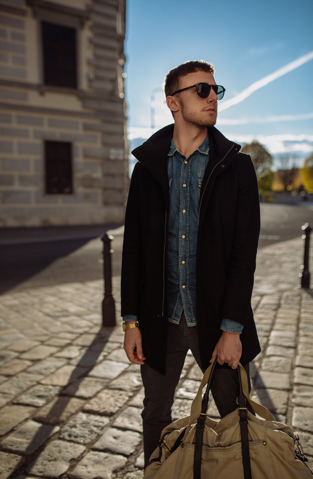 OUTFIT:    Coat - ZARA    Shirt - GUESS    Trousers - SCOTCH&SODA    Boots - LEVI`S    Bag - DIESEL    Shades - HAWKERS    Watch - CASIO       Photography:  Sonja Petrkowsky