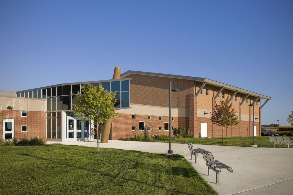Caledonia Paris Ridge Elementary School