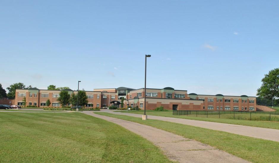 Fennville-Elementary-School-(1).jpg