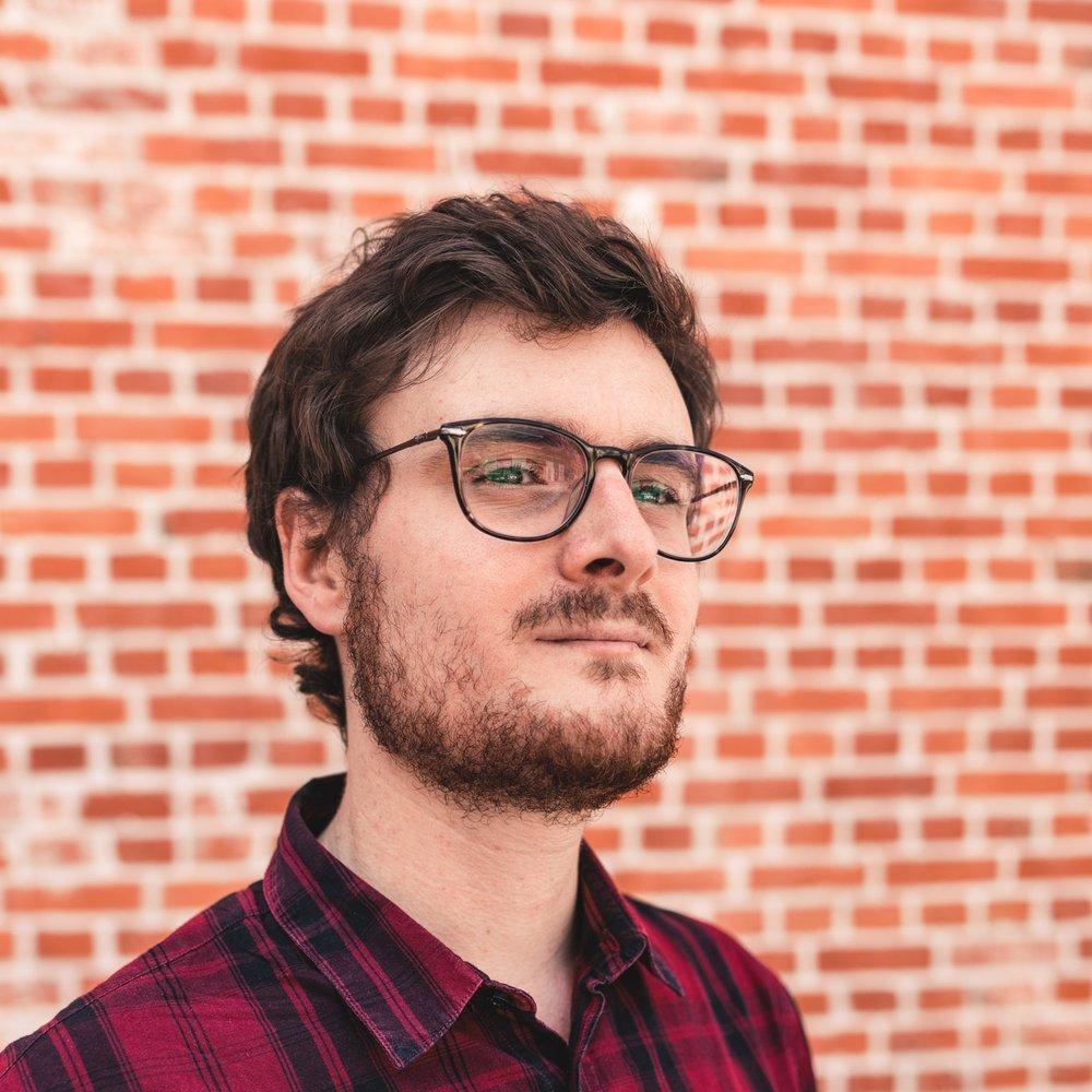 Frederik Dhont  de adviseur