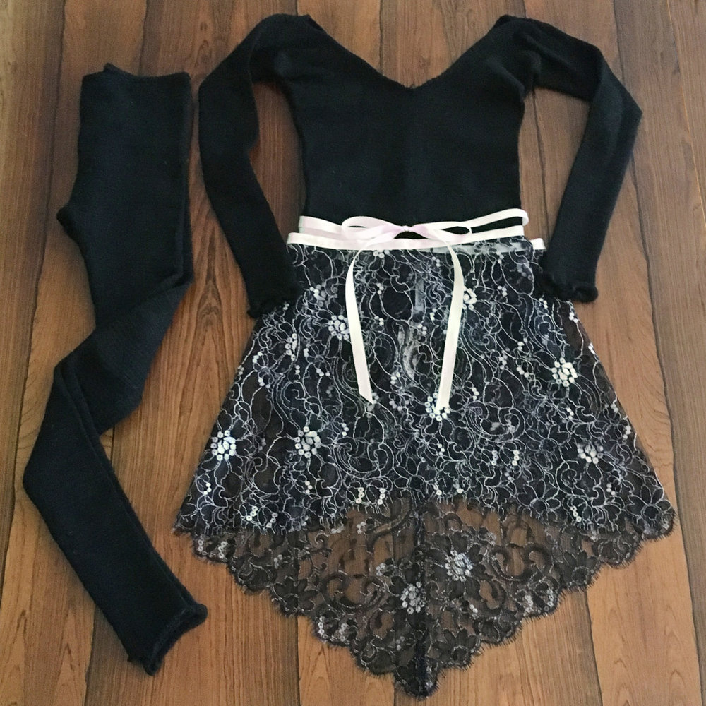 Entrechat Dance Aurora Lace Ballet Skirt, KD New York Ballet Neck Pullover & Leggings
