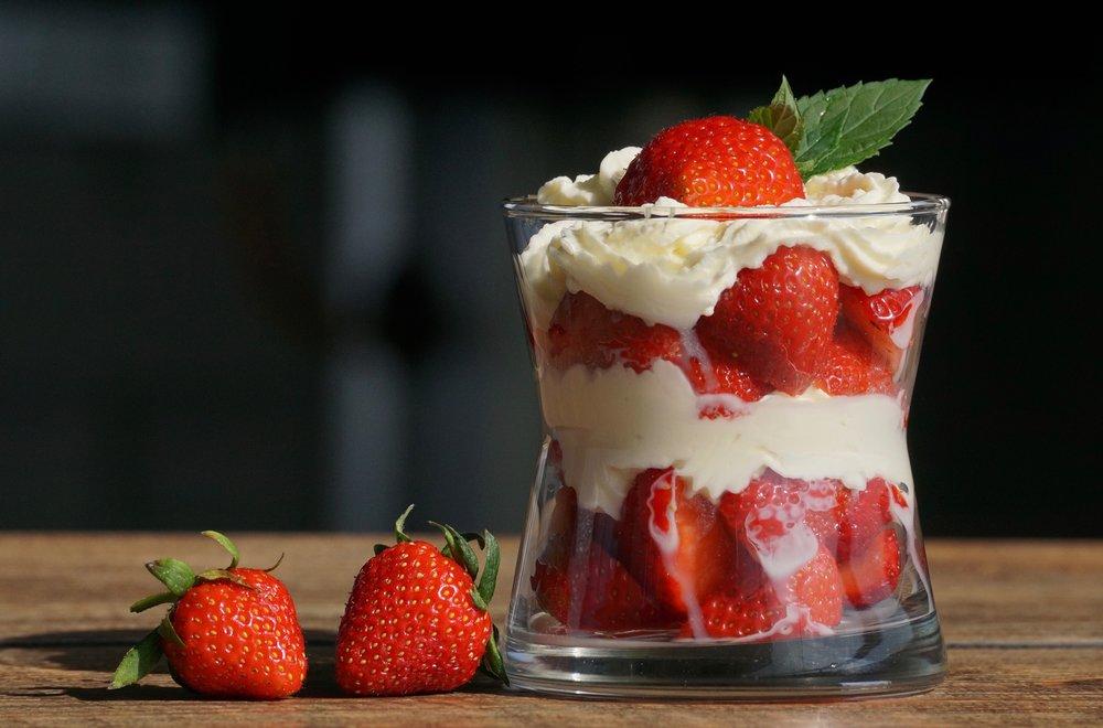 berries-bowl-cream-1132558.jpg