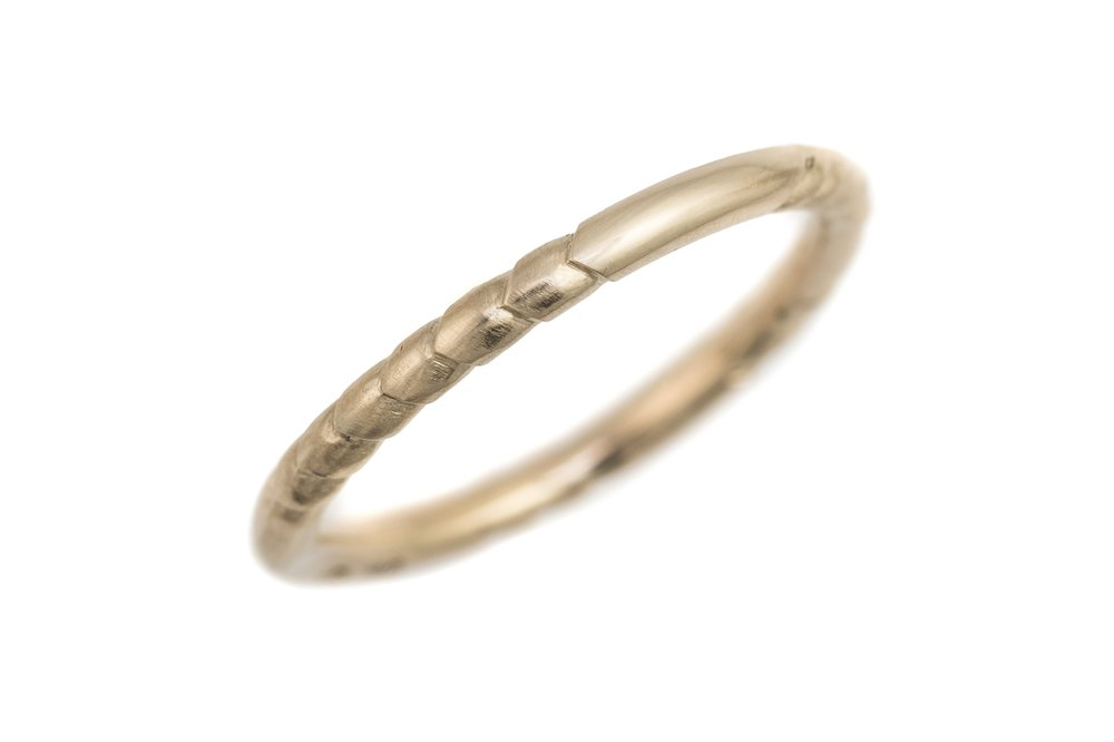 'Feather' 9ct yellow gold hand carved thin band.