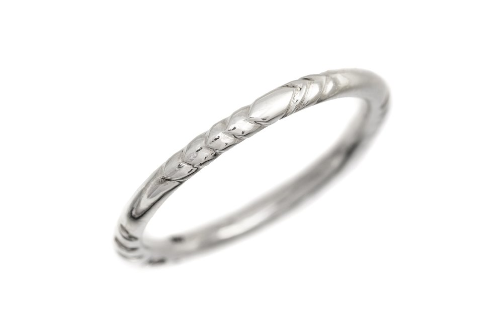 'Feather' silver hand carved thin band.