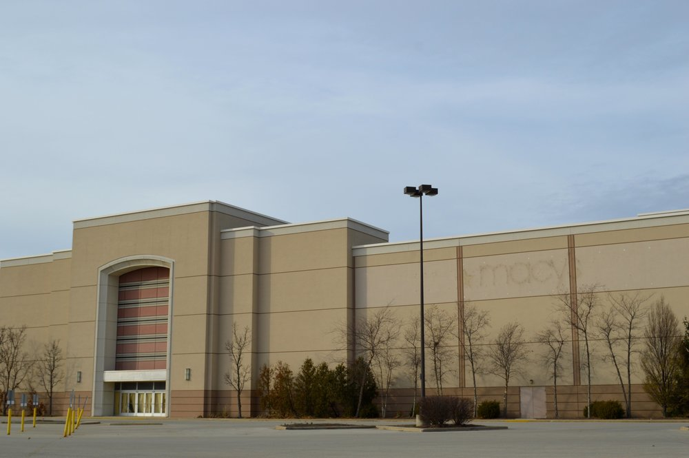 Eastland Mall's previous anchor store Macy's is still vacant -