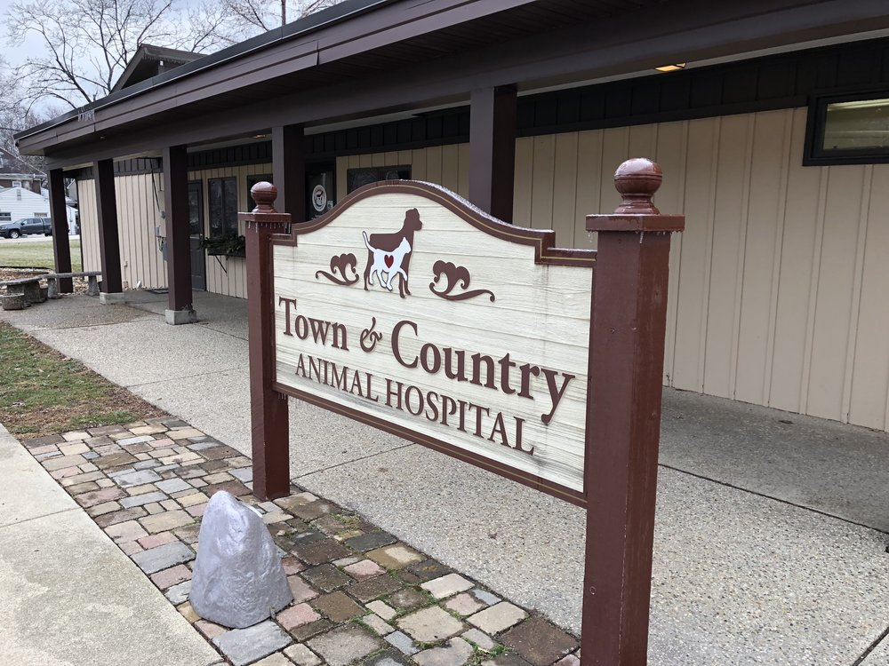 Town & Country Animal Hospital, located at 901 N. Linden St. in Normal, is one of Bloomington-Normal's larger veterinary clinics with 30 employees, including six veterinarians. (Image credit: Erik Prenzler)