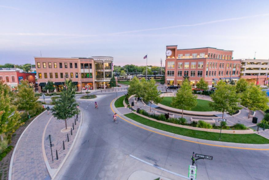 "Keynote speaker Bob Bennett will give examples of how even smaller communities like Bloomington-Normal can take steps now toward becoming ""smart cities"" at Wednesday's 13th Annual Community Information Forum. (Image credit: McLean County Regional Planning Commission)"
