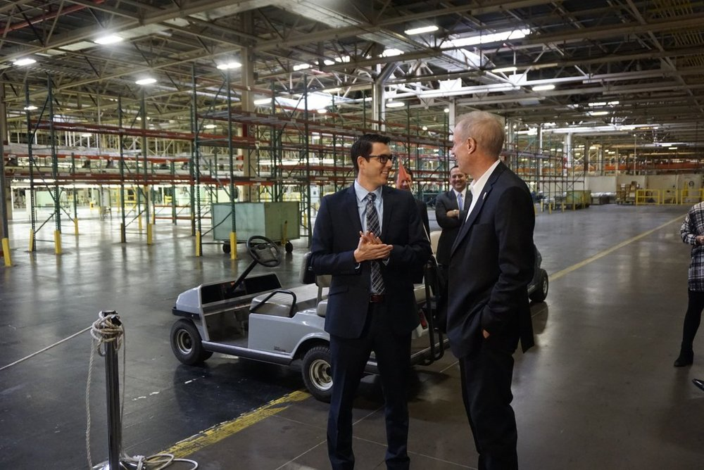 Illinois Governor Bruce Rauner with Rivian CEO RJ Scaringe at Rivian's 2.8M SQFT Factory in Normal in March 2017. (Photo: Rauner/Twitter)