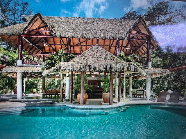 3 more days... • • Seeking travel advice from all our amazing followers right now... any last minute travel tips for our #SimplyBeMagic Costa Rica retreat?! • • • • • #simplybemagic #costarica #wednesdayhumpday #wednesdaywisdom #costarica🇨🇷 #travelcostarica #costaricaguide #nosaracostarica #retreat #SBMMCostaRica2018 #travelholic #travelguide #travelling #travelersnotebook #traveldeeper #traveladdict #traveldiary #travelbug