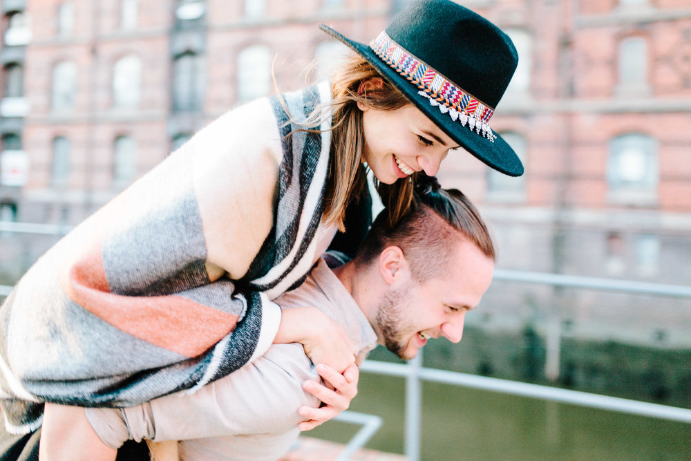 Speicherstadt-Hamburg-Engagement-Pia-Anna-Christian-Wedding-Photography-RJ-63.jpg