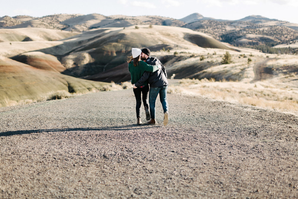 Oregon-Painted-Hills-Engagement-Pia-Anna-Christian-Wedding-Photography-LB-28.jpg