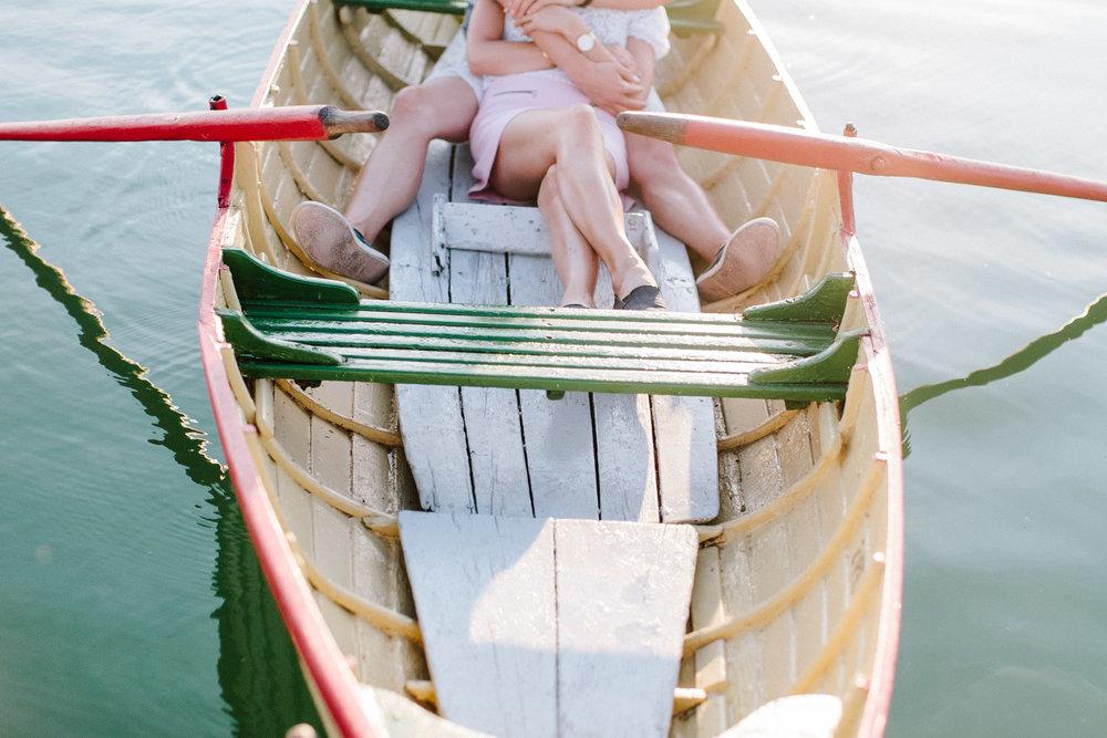 Zuerich-Switzerland-Pia-Anna-Christian-Wedding-Photography-AC-Zuerichsee-39.jpg