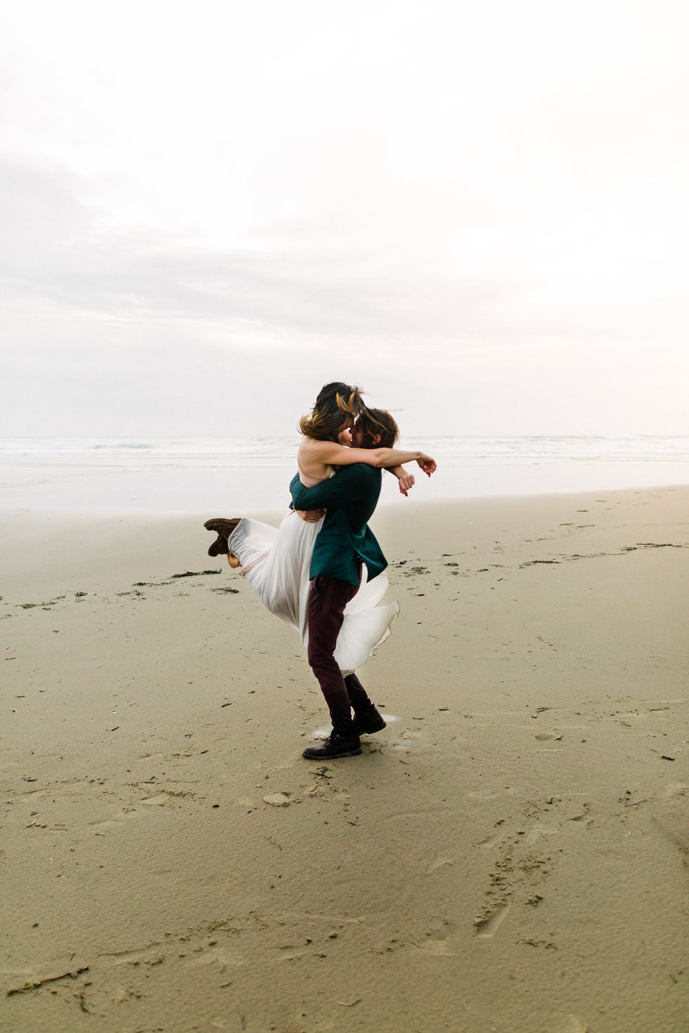 Oregon-Coast-Manzanita-Beach-Engagement-Pia-Anna-Christian-Wedding-Photography-PNW-GB-4.jpg