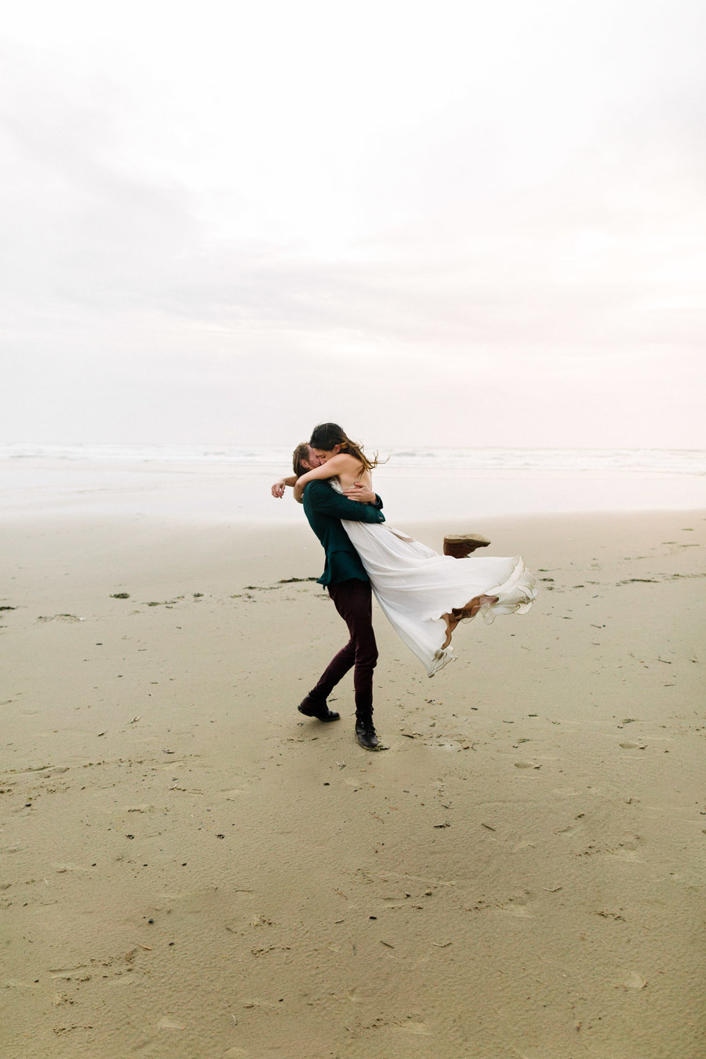Oregon-Coast-Manzanita-Beach-Engagement-Pia-Anna-Christian-Wedding-Photography-PNW-GB-5.jpg
