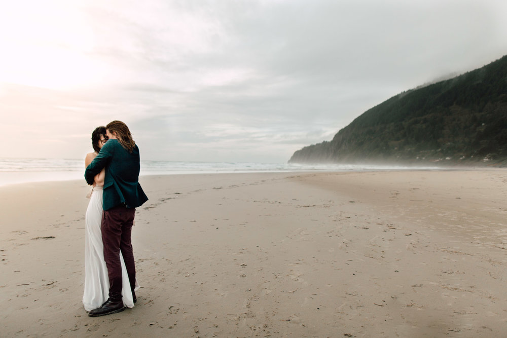 Oregon-Coast-Manzanita-Beach-Engagement-Pia-Anna-Christian-Wedding-Photography-PNW-GB-8.jpg