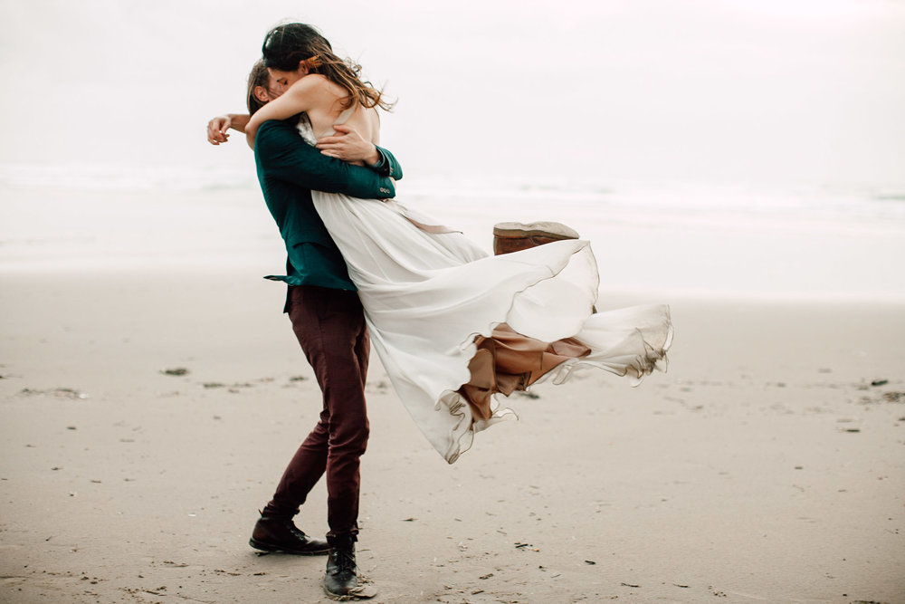 Oregon-Coast-Manzanita-Beach-Engagement-Pia-Anna-Christian-Wedding-Photography-PNW-GB-10.jpg