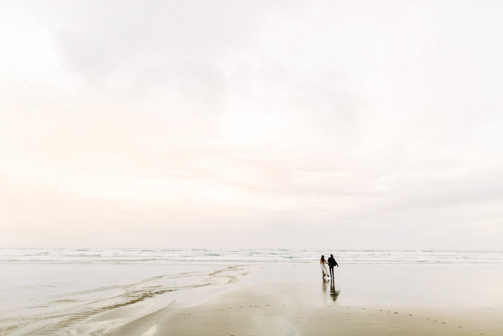 Oregon-Coast-Manzanita-Beach-Engagement-Pia-Anna-Christian-Wedding-Photography-PNW-GB-11.jpg