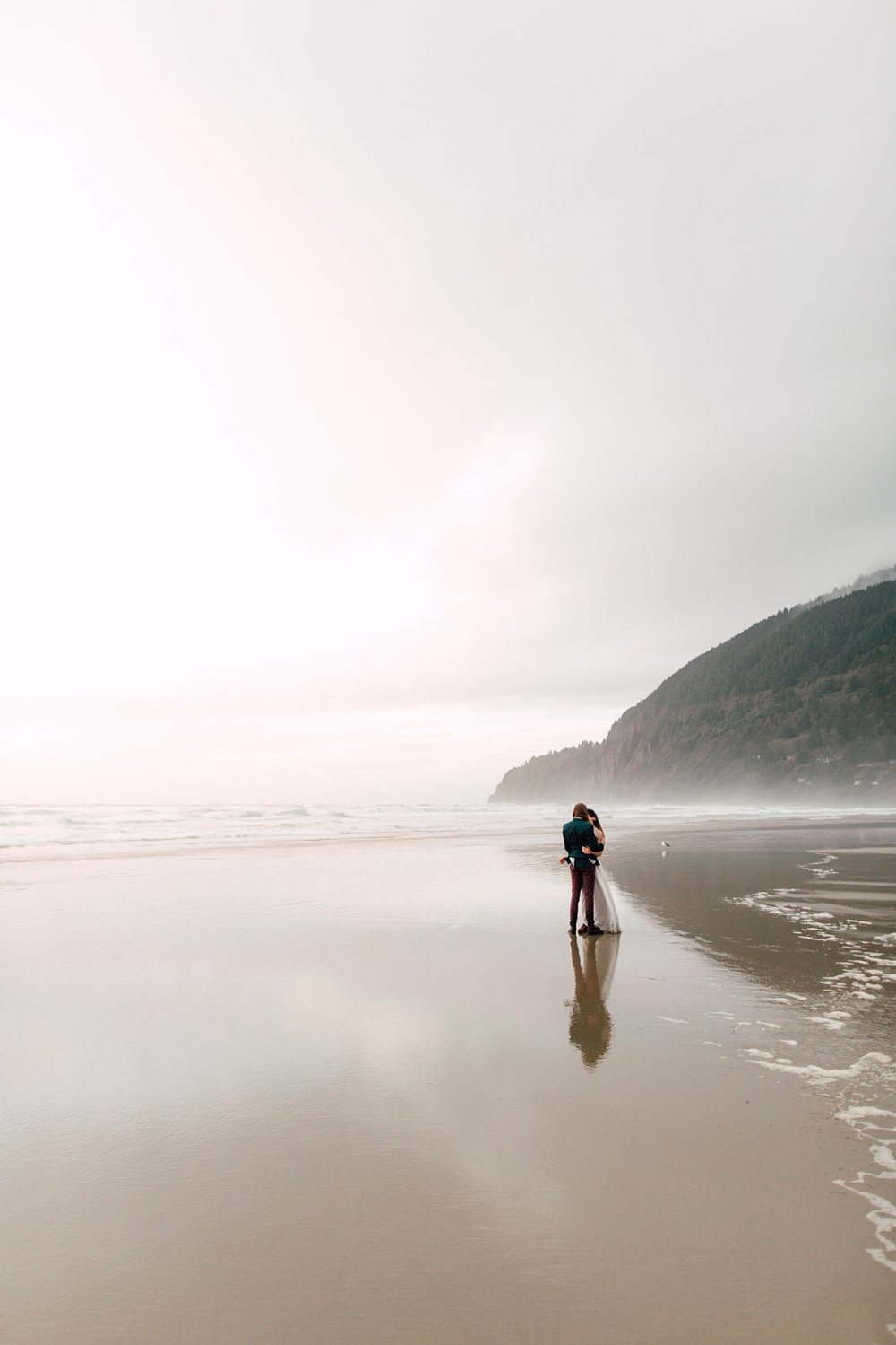 Oregon-Coast-Manzanita-Beach-Engagement-Pia-Anna-Christian-Wedding-Photography-PNW-GB-15.jpg