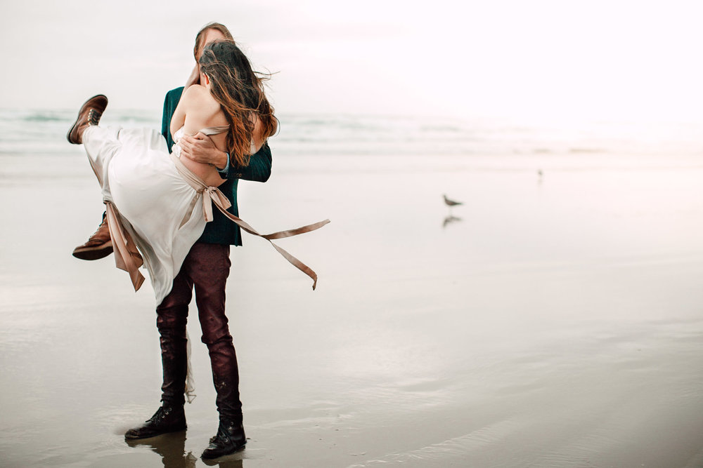 Oregon-Coast-Manzanita-Beach-Engagement-Pia-Anna-Christian-Wedding-Photography-PNW-GB-28.jpg