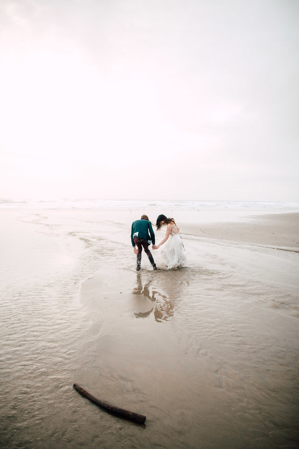 Oregon-Coast-Manzanita-Beach-Engagement-Pia-Anna-Christian-Wedding-Photography-PNW-GB-30.jpg