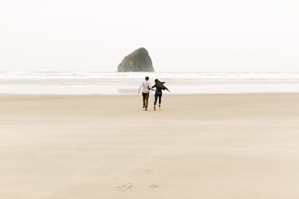 Oregon-Cape-Kiwanda-Engagement-Pia-Anna-Christian-Wedding-Photography-PNW-CJ-36.jpg