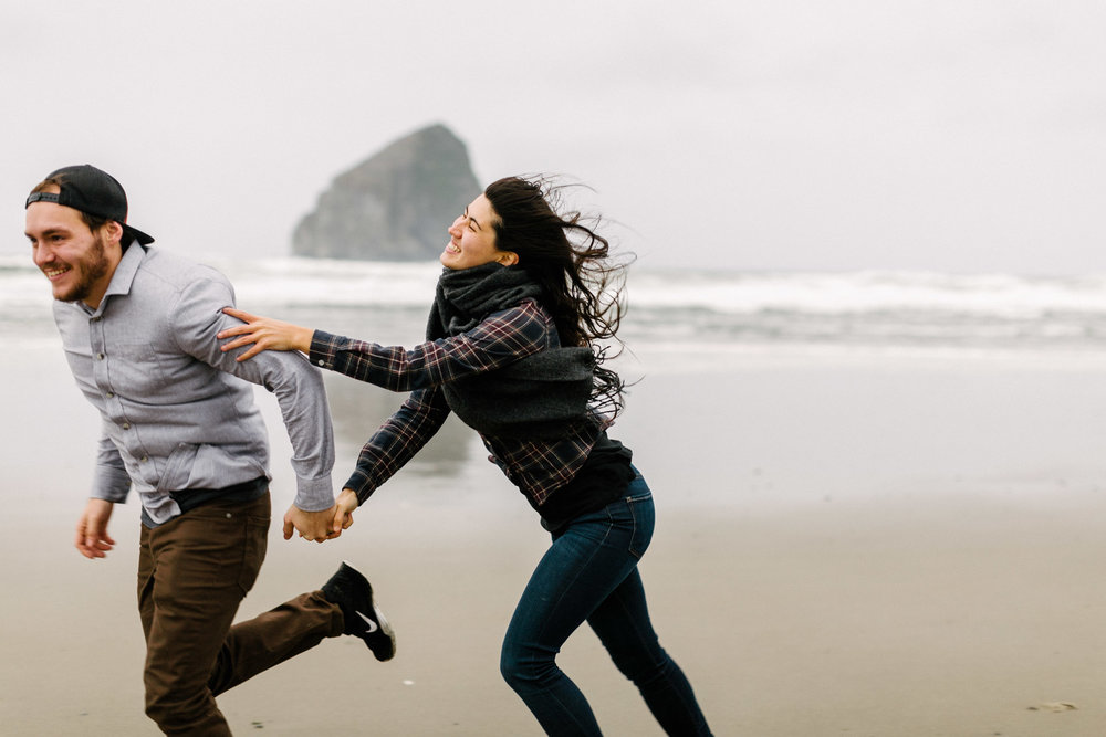Oregon-Cape-Kiwanda-Engagement-Pia-Anna-Christian-Wedding-Photography-PNW-CJ-30.jpg