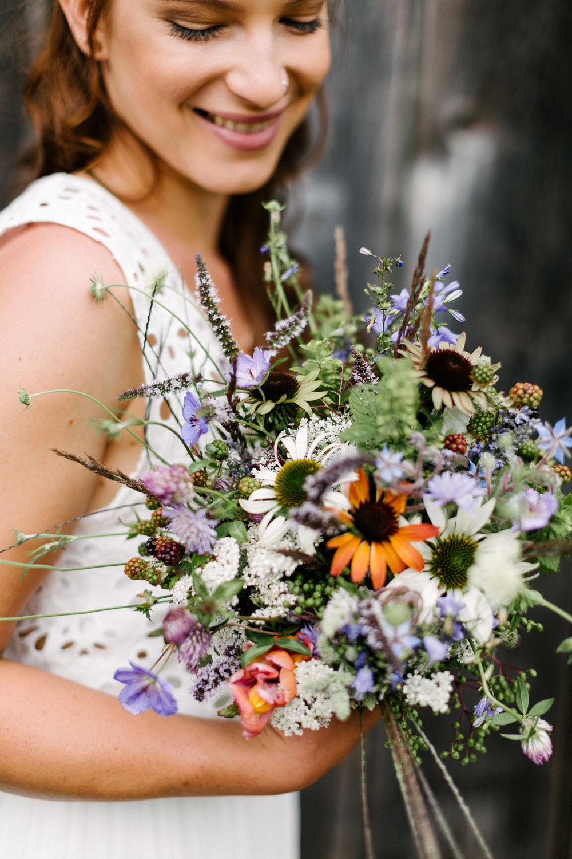 Boho-Scheune-Bauern-Hochzeit-Lörrach-Rheinfelden-Pia-Anna-Christian-Photography-NC-2.jpg