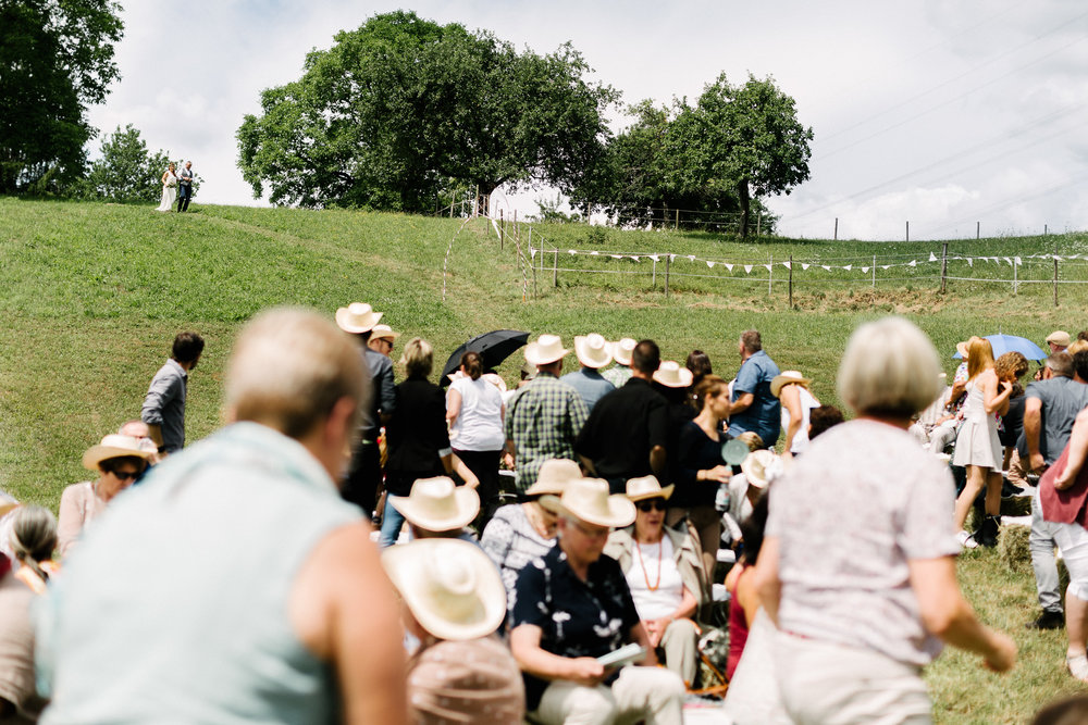 Boho-Scheune-Bauern-Hochzeit-Lörrach-Rheinfelden-Pia-Anna-Christian-Photography-NC-26.jpg