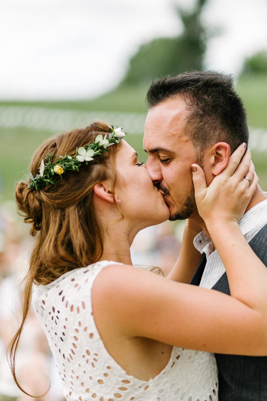 Boho-Scheune-Bauern-Hochzeit-Lörrach-Rheinfelden-Pia-Anna-Christian-Photography-NC-36.jpg