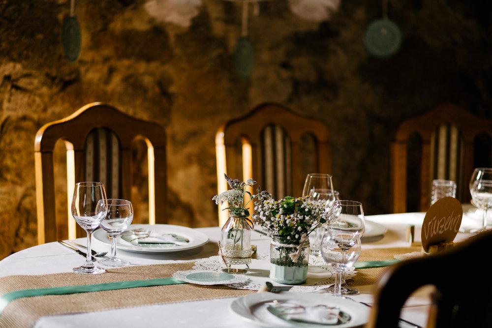 Boho-Scheune-Bauern-Hochzeit-Lörrach-Rheinfelden-Pia-Anna-Christian-Photography-NC-81.jpg