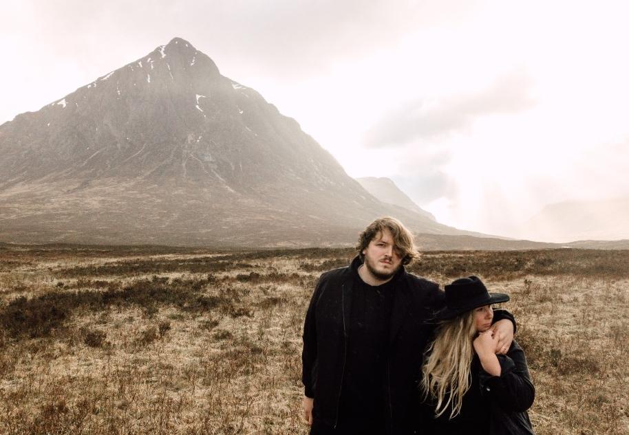 wir-Scotland-harris-lewis-Pia-Anna-Christian-Wedding-Photography-2 2.jpg