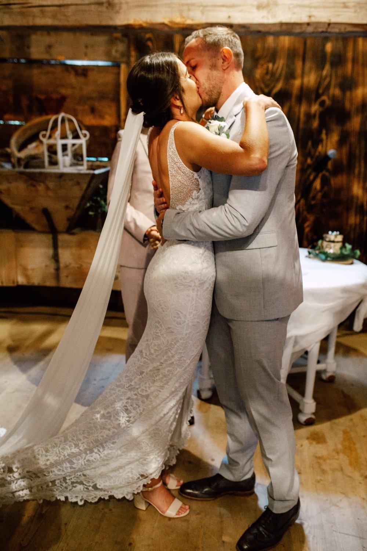 Henslerhof-Schwarzwald-Pia-Anna-Christian-Wedding-Photography-JR-C-113.jpg