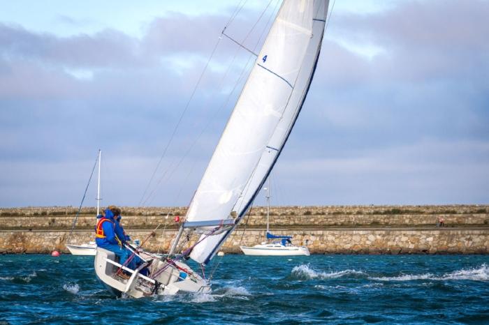 Sailing1-1.jpg