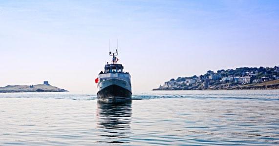 🚢 CRUISES 🚢  Discover Dublin Bay from a truly unique perspective on board the St.Bridget ferry!  #adventurebreaksireland #enjoy #lovedublin  Info: AdventureBreaksIreland.com