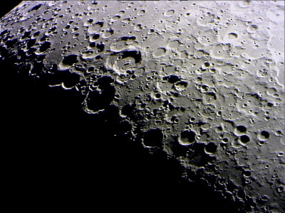 Moon1_5_9_2011.jpg