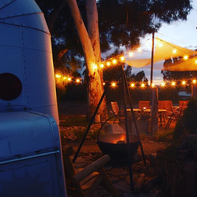 Another lovely evening #getyourstreakon #silverstreak #silverstreaktrailer #winecountryglamping #temeculawinecountry