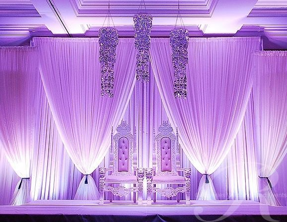 1572be40a51303e5856a430494e09d37--wedding-stage-backdrop-reception-backdrop.jpg