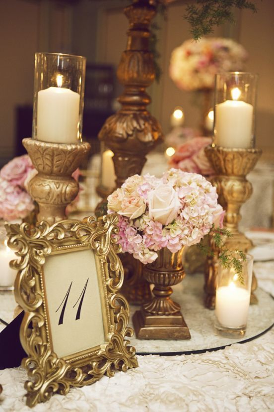 1dae7b4dad5bb05867a64dd9df5d28e6--vintage-wedding-centerpieces-wedding-floral-arrangements.jpg