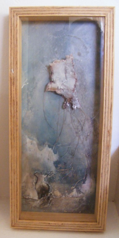 Apart (box frame) - mixed media on board, shadow box - 42x18cm
