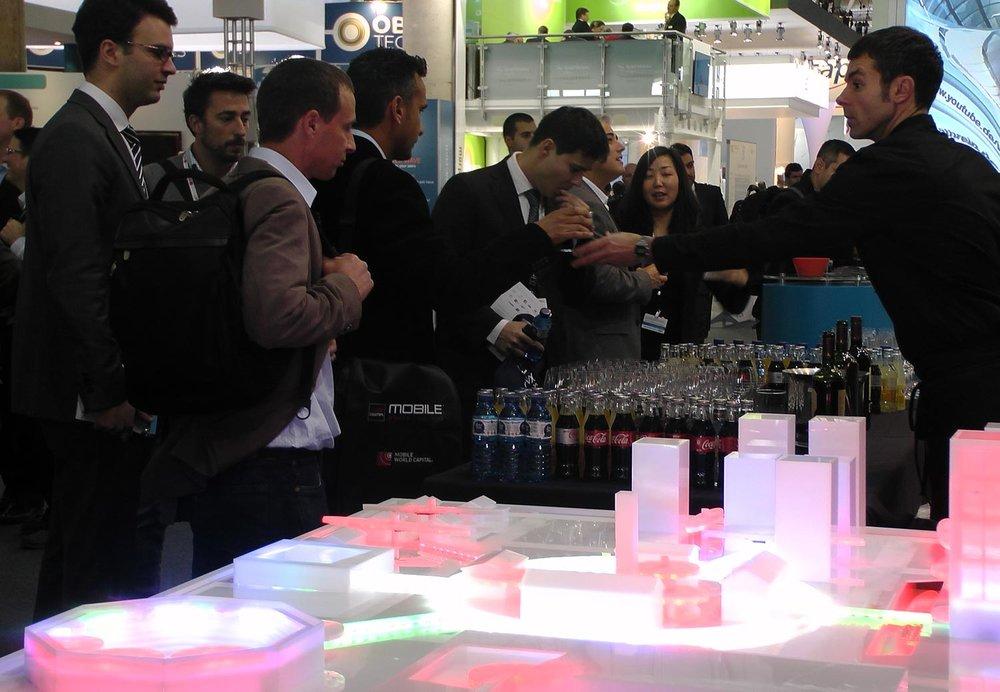 plexiglass-interactive-marketing-model-with-led-lights.jpg