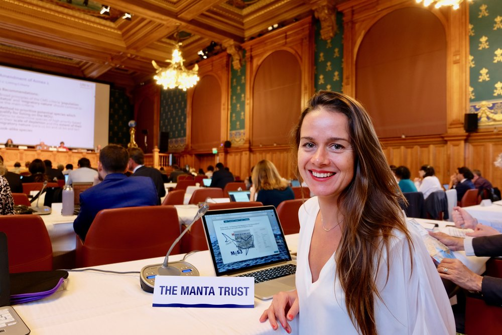 Isabel Ender representing the Manta Team!   Photo by Bex Carter.
