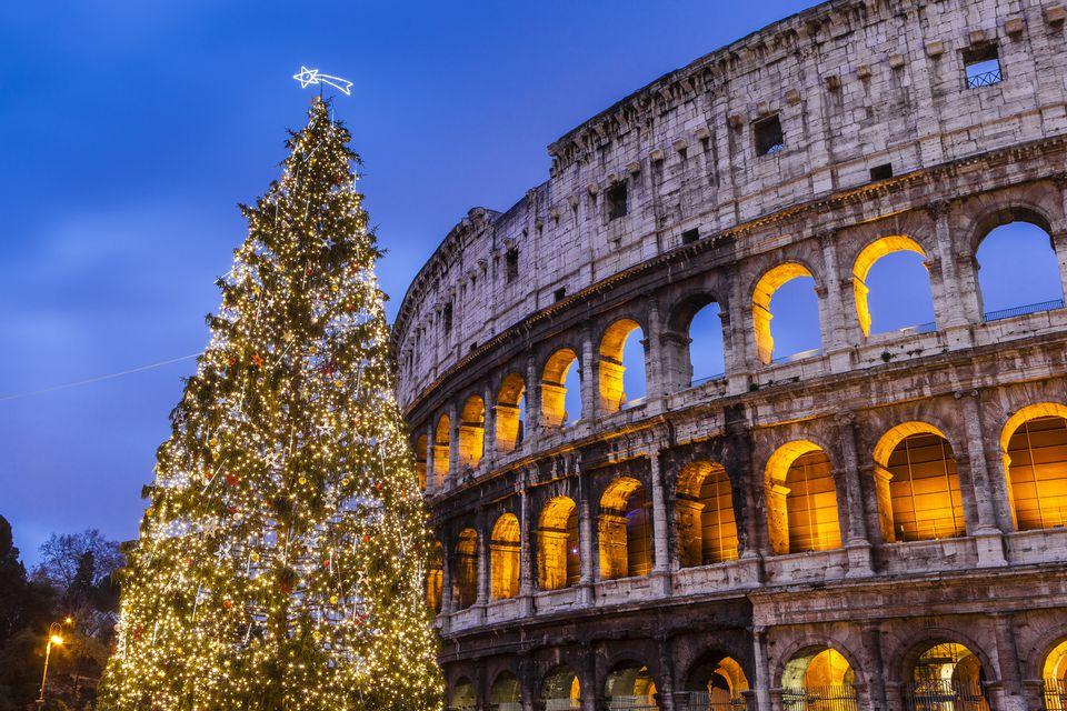 Christmas tree Roma.jpg
