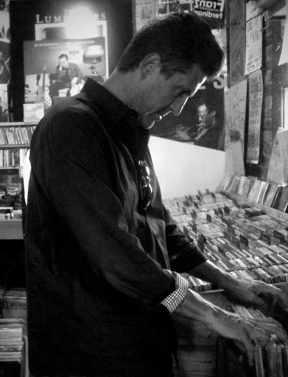recordshopping.jpg