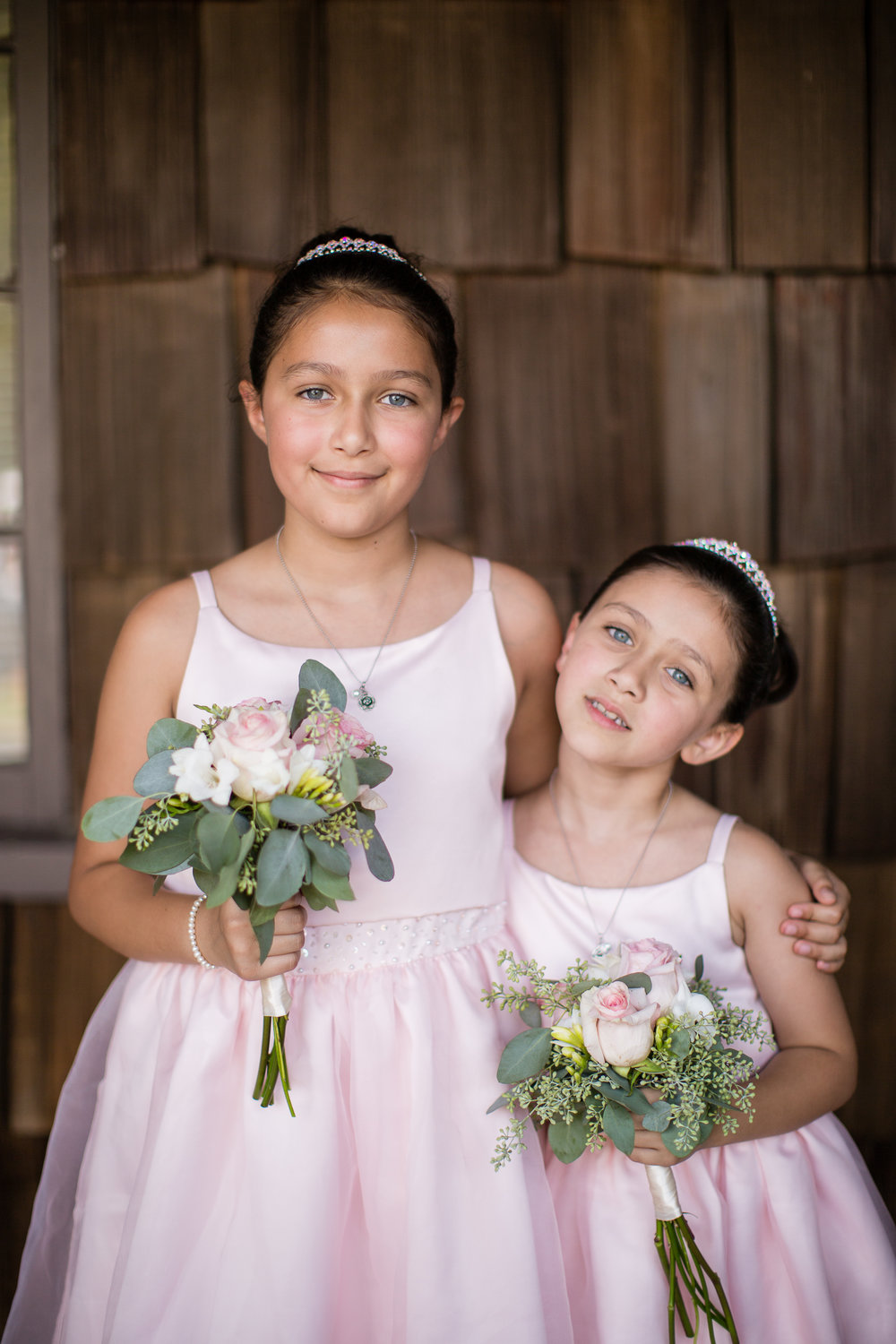 Lindsay junior bridesmaid bouquets.jpg