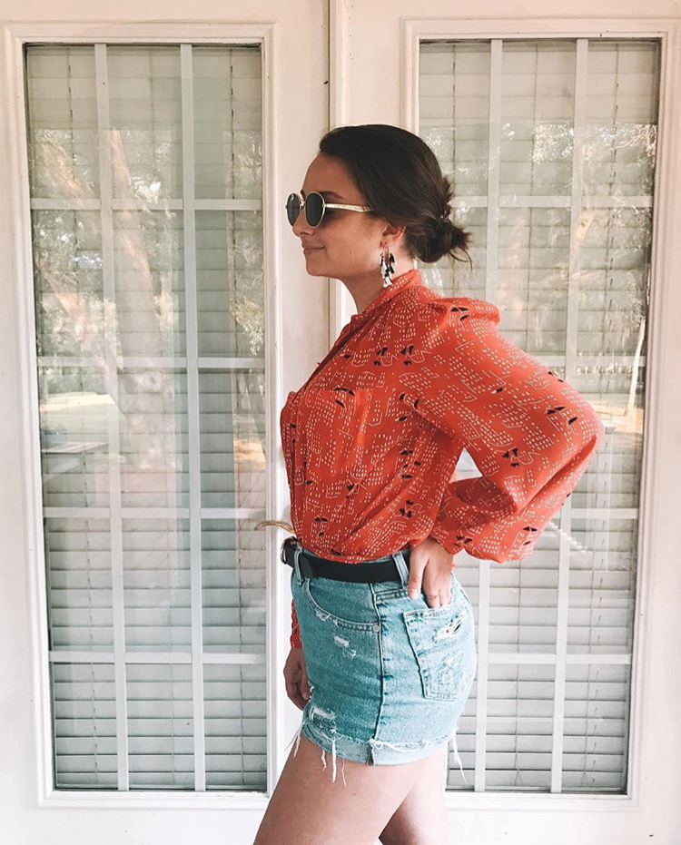 my blouse AND shorts were $2 from a thrift store, my belt was $4 and my earrings were $3 both from Target, and my sunglasses were $9 from F21.