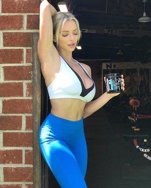 Lindsey Pelas Instagram20.jpg