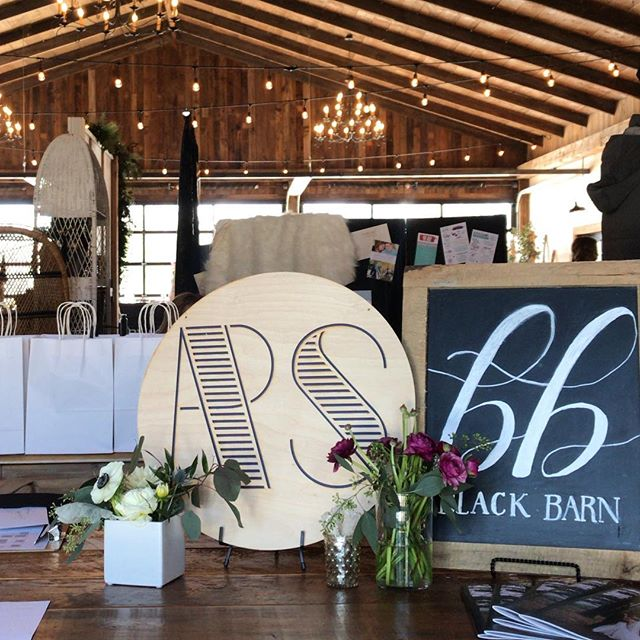 That's a wrap! Thank you to all our guests who came out on this beautiful day! We hope you left inspired! Thanks to all the wonderful participating vendors! HUGE thanks to our gracious hosts, @kendra.lbbphotography & @edgewoodplaceoccasions and our venue space @blackbarnvineyardandwinery for providing such a dreamy atmosphere 👏🏼 Cheers to another great show!