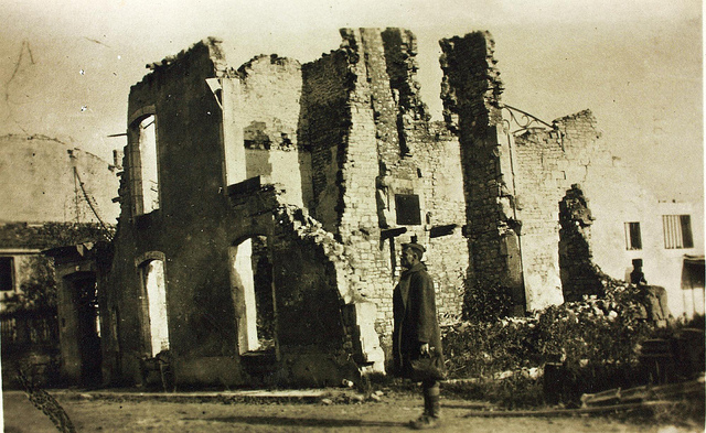 Shell of a building WWI_z