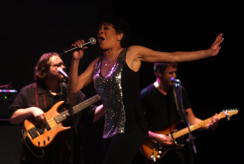 Bettye Lavette - fun times playing in Bettye's band in Spain, 2012. On the left: bass player extraordinaire Chuck Bartels.